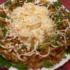 Изумительный салат «Чудо в перьях»: эффектный и очень вкусный!