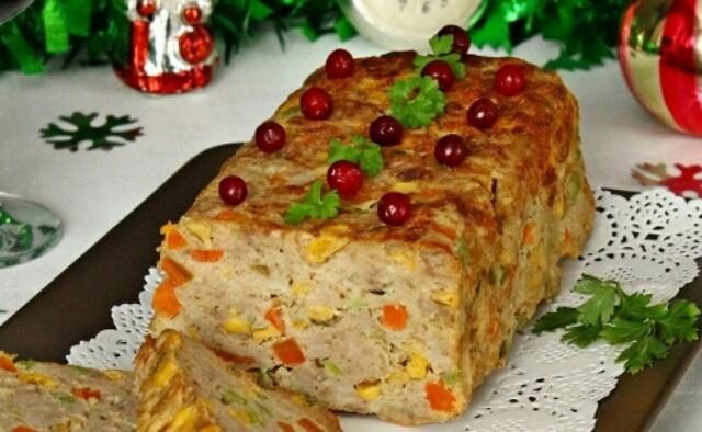 """Потрясающая закуска на Новогодний стол - мясной рулет """"Конфетти"""""""