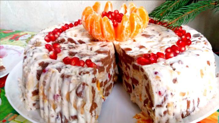 Торт «Вкус детства» за 5 минут без выпечки: с крекерами и фруктами