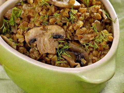 Гречка с кабачком, грибами и луком