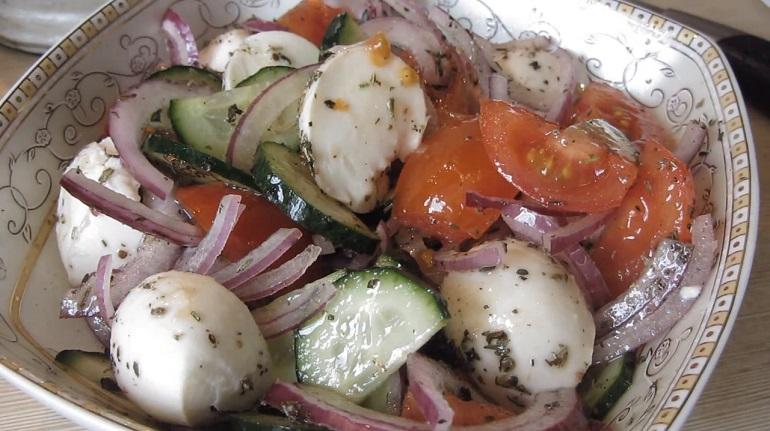 Пять простых салатов на каждый день: просто, вкусно и полезно