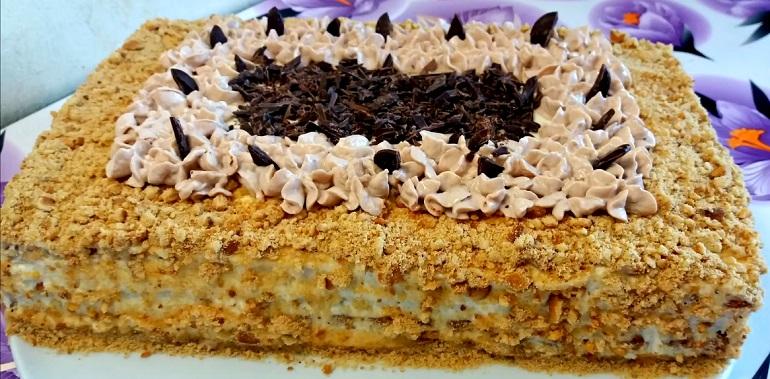 Ореховый торт с творожным кремом: за 15 минут