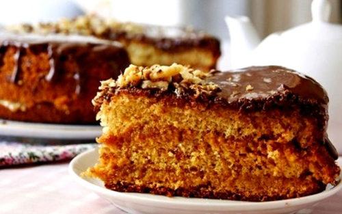 Медовый-бисквитный-торт
