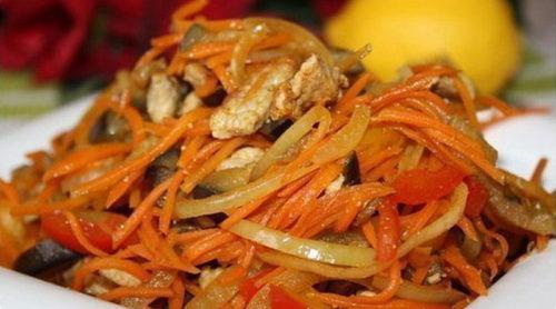 Теплый-салат-из-обжаренных-овощей-с-мясом