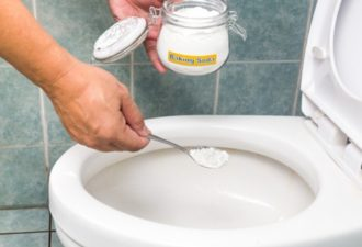 baking-soda-toilet-clean_720x405