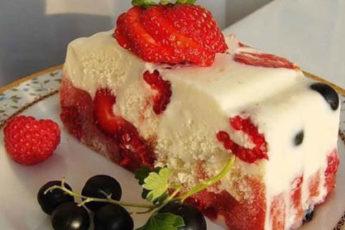 Nizkokalorijnyj-tortik-bez-vypechki-500x278