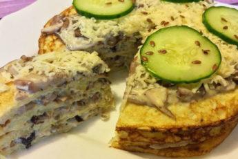kabachkovyj-tort-s-gribami-i-syrom