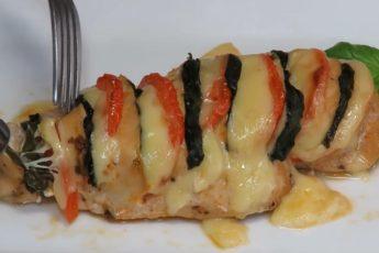 kurinoe-file-s-syrom-pomidorami2
