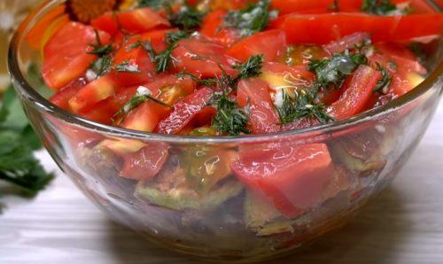samyj-vkusnyj-salat-s-kabachkami2