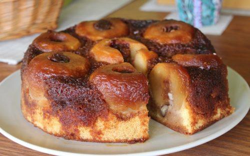 Яблочный-пирог
