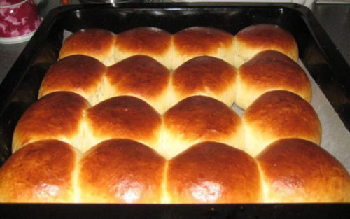 Тесто-на-майонезе-для-ароматных-булочек