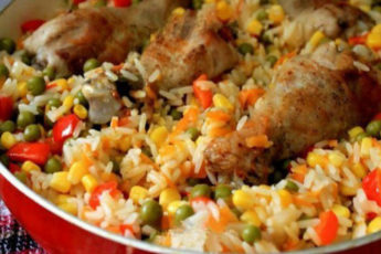 курица-с-рисом-и-овощами-по-каталонски