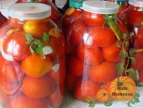 pomidory-kvashenye-v-bankah-pod-kapronovuyu-kryshku