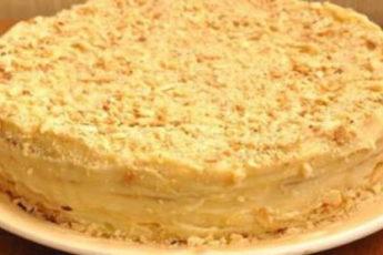 Domashnij-tort-Napoleon-s-zavarnym-kremom-500x278