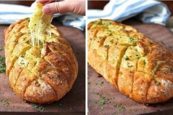 Хрустящий-хлебушек-пропитанный-маслом-сыром-и-чесночком