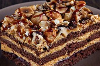 Tort-shokoladnyj-Arabskie-skazki-500x313