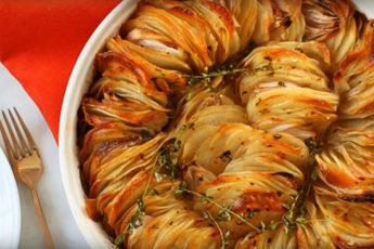 Запеченный-картофель-в-масле