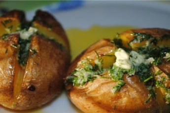 картофель-печенный-в-мундире-