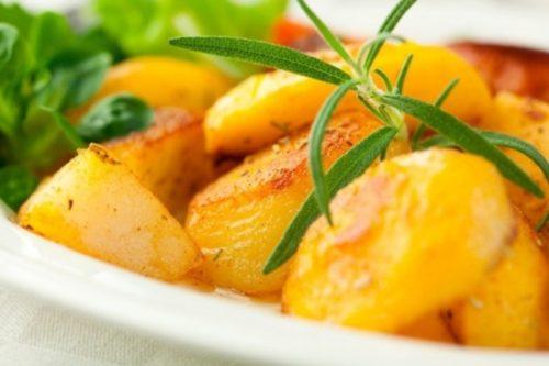Как-правильно-запекать-картошку-в-духовке