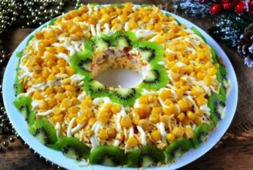 Куриный-салат-с-киви