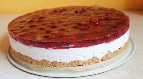 Торт-без-выпечки-с-вишней