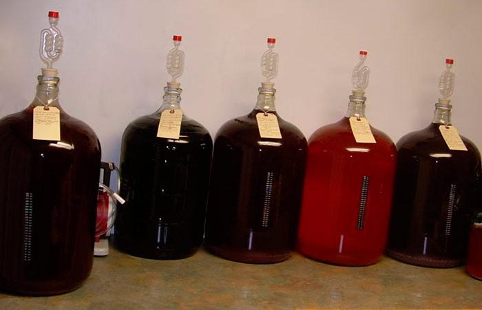 Домашнее вино из старого никому не нужного варенья