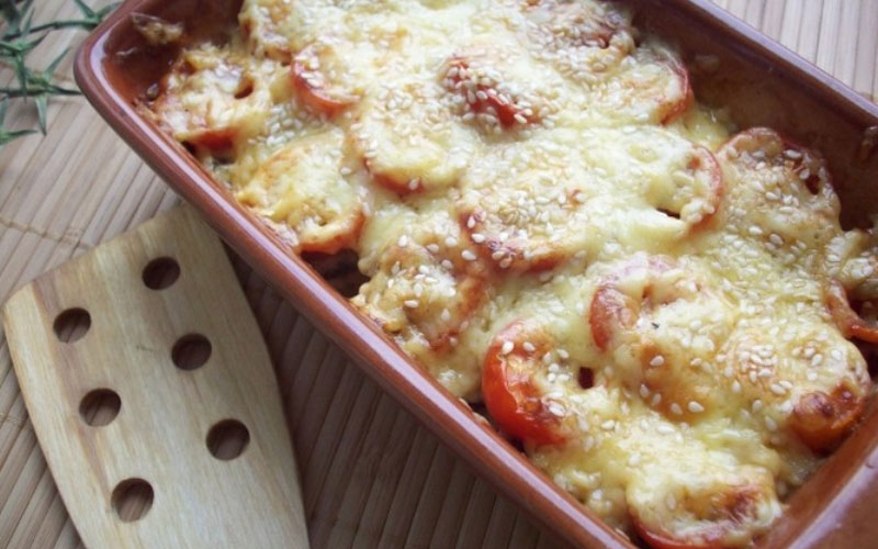 kabachki-s-shampinonami-i-pomidorami