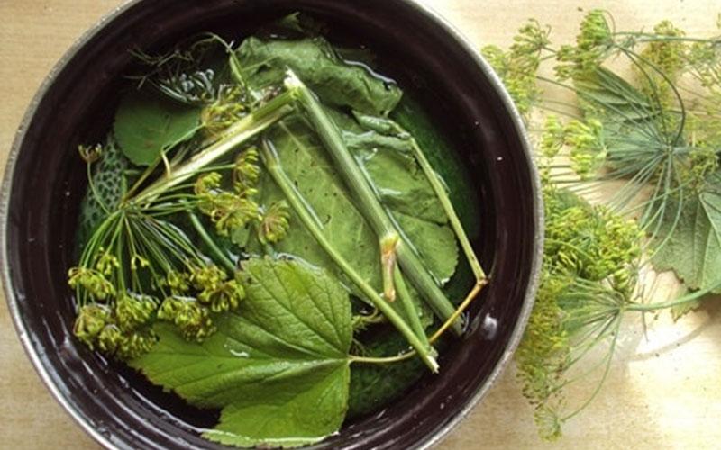малосольные огурцы рецепт быстрого приготовления в кастрюле этап 8