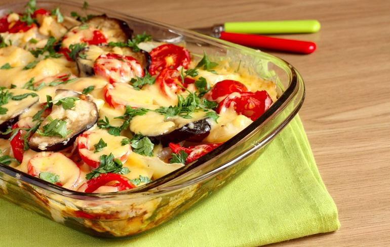 Баклажаны с сыром в духовке: главное блюдо вашего стола