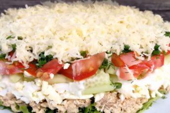 vkusnyj-salat-iz-ovoshhej-syra2