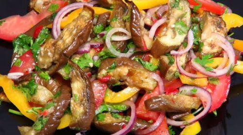 vosxititelnyj-salat-iz-baklazhanov