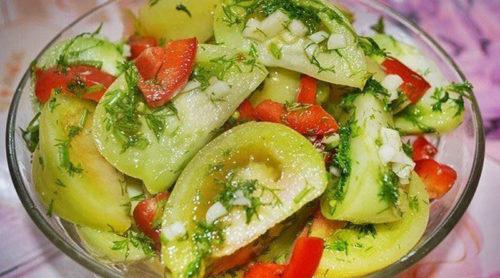 Маринованные-зеленые-помидоры-на-зиму