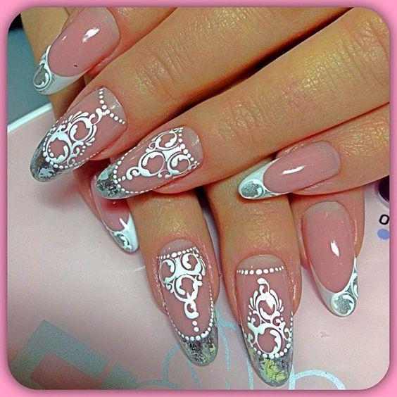 Роскошный маникюр на овальную форму ногтей!