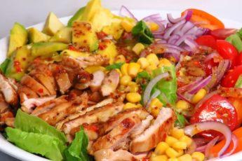 shikarnyj-salat-s-kuricej