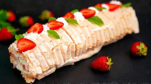 Самый модный десерт 2020: «Меренговый рулет». Очень рекомендую приготовить!