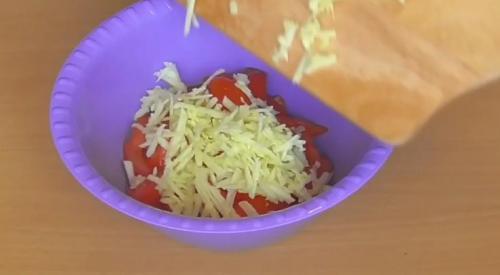 Быстрый и вкусный салат без майонеза всего из трех ингредиентов