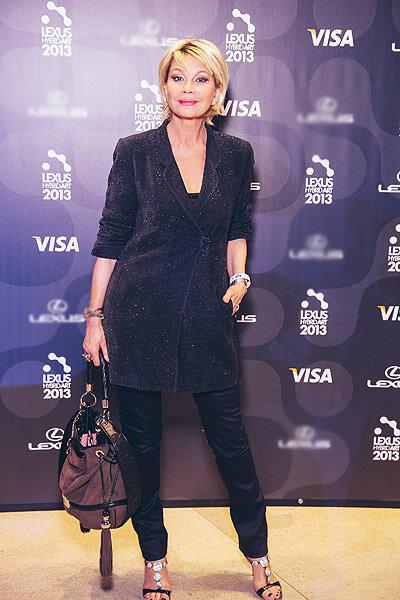 Татьяна Веденеева: стильные образы 67-летней ведущей и актрисы - 5