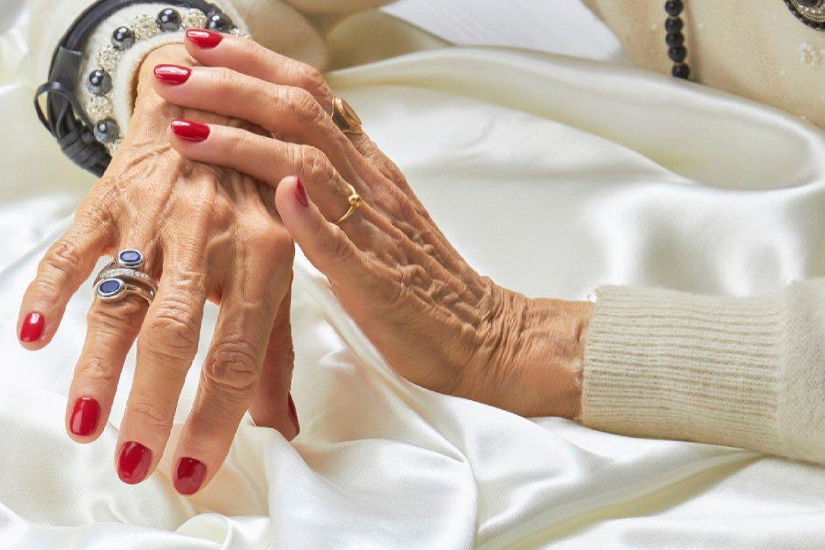 красивая женщина в 60 лет